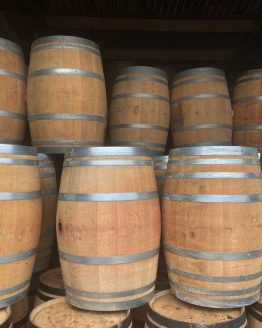 Grade A Solid Oak Wine Barrels with Galvanised Steel Bands