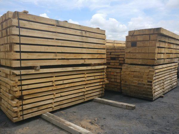Structural Grade Green Unseasoned Oak Beams