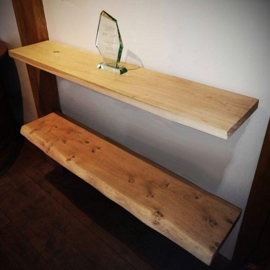 Oak Shelves - Kiln Dried Oak Shelving with Straight Brackets. Solid Oak