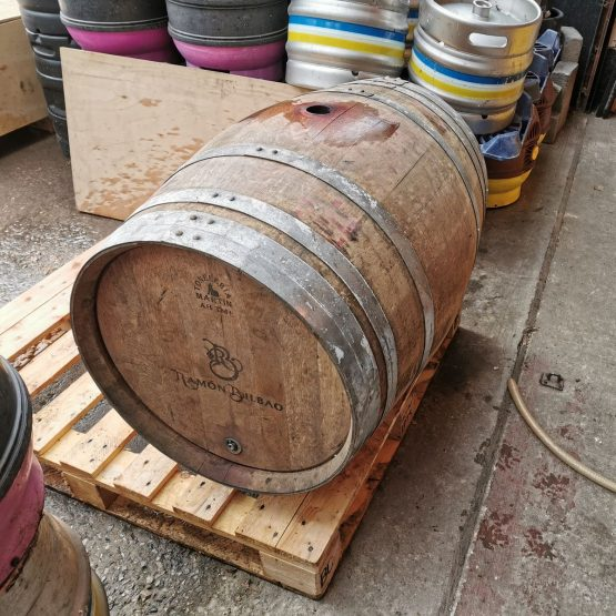 Oak Red Wine Barrels for Re-Use for Ageing, Distilling and Souring Beers and Ciders