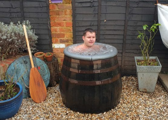 Ex Whiskey Oak Barrel Ice Bath for Extreme Sports Training and Cold Swimming